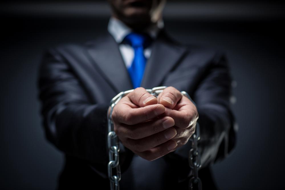 Jobfitts-Terrible-boss-Chains